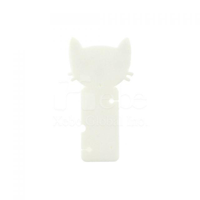 White cat earphone wrapsGiveaway items